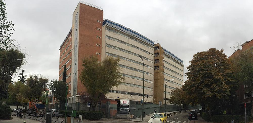 Demolición de edificio de la CECA en Avenida de Bruselas