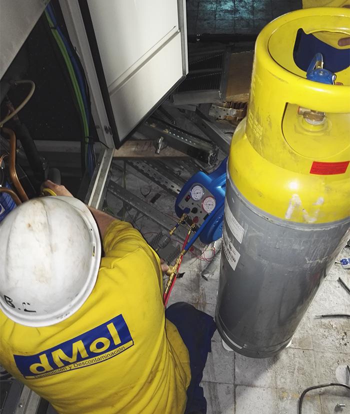 Retirada de gases refrigerantes R22 y R407